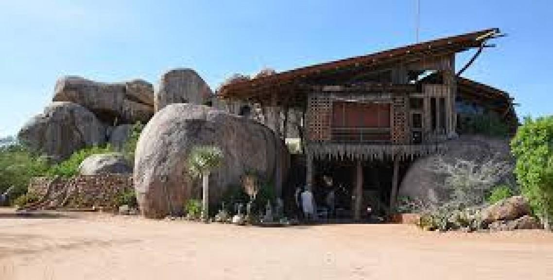 Onjowewe Lodge