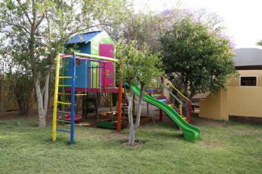Capbon Guesthouse